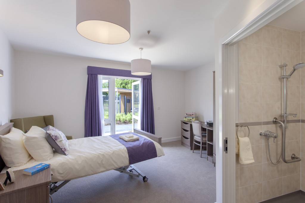 Castleoak Winnersh - bedroom
