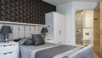 CHD-BROWNSCOMBE-BEDROOM-BLACK-GREY_AJH2003 (002)